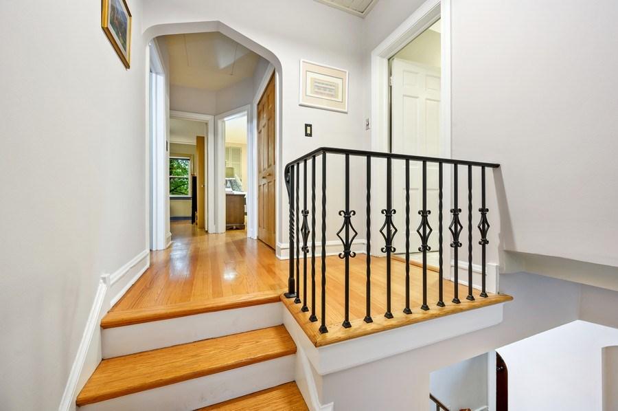 Real Estate Photography - 1210 Woodbine Ave, Oak Park, IL, 60302 - Hallway