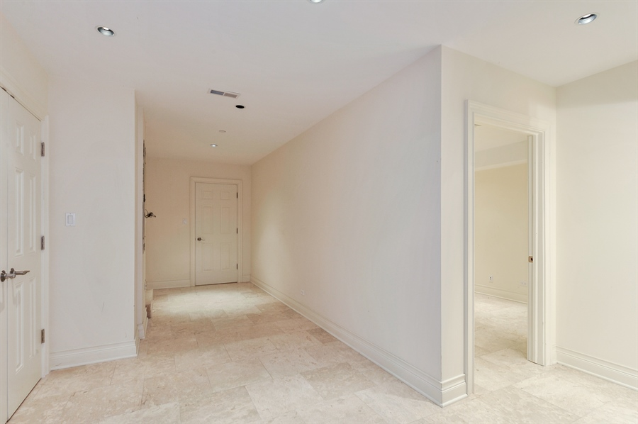 Real Estate Photography - 550 W Oakdale Ave, Chicago, IL, 60657 - Storage Room
