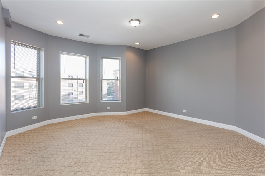 Real Estate Photography - 5023 S Michigan Ave, Unit 3, Chicago, IL, 60615 - Bedroom