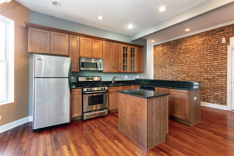 Real Estate Photography - 5023 S Michigan Ave, Unit 3, Chicago, IL, 60615 - Kitchen