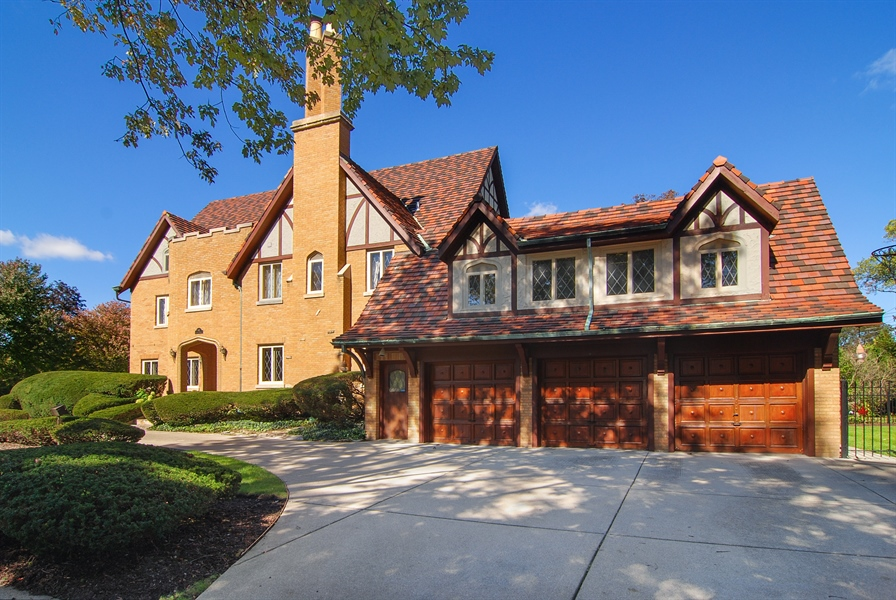 Real Estate Photography - 907 Lathrop, River Forest, IL, 60305 - Side View