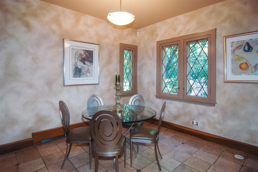 Real Estate Photography - 907 Lathrop, River Forest, IL, 60305 - Breakfast Nook
