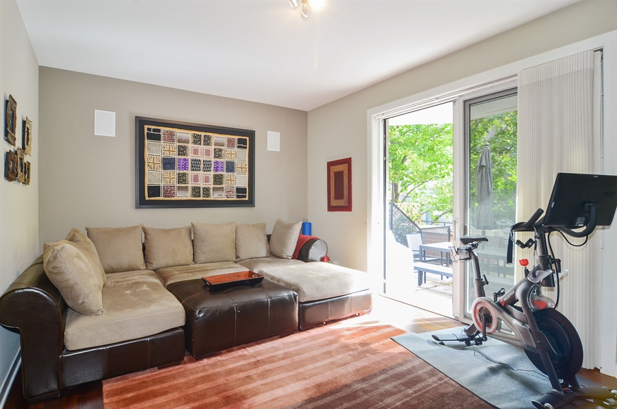 Real Estate Photography - 650 W Fulton, C, Chicago, IL, 60661 - Room