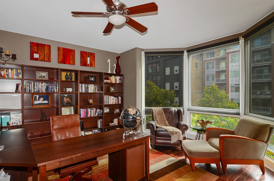 Real Estate Photography - 650 W Fulton, C, Chicago, IL, 60661 - Office
