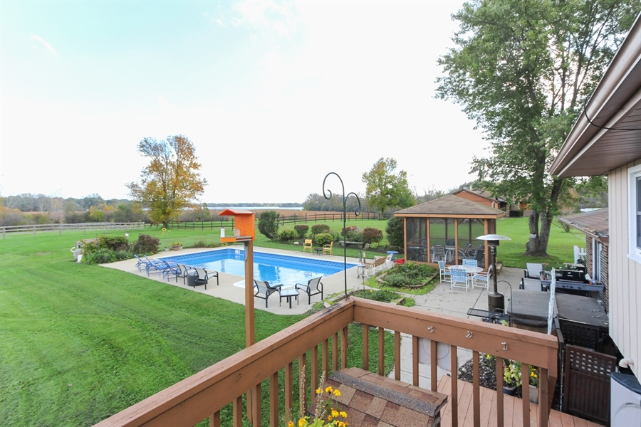 Real Estate Photography - 43411 N Lake Ave, Antioch, IL, 60002 - View