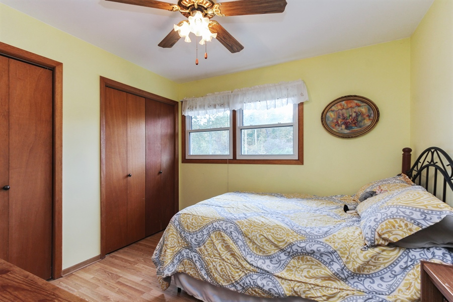 Real Estate Photography - 43411 N Lake Ave, Antioch, IL, 60002 - 2nd Bedroom