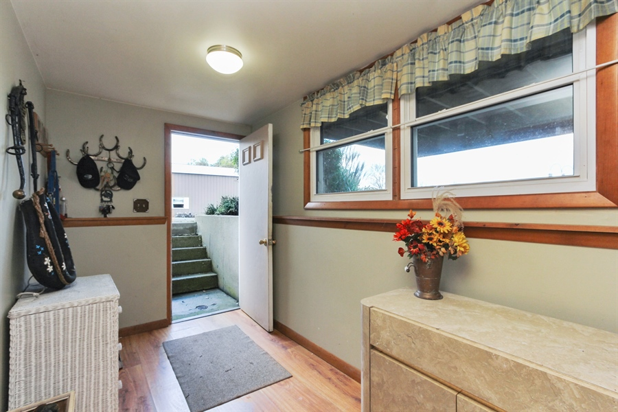 Real Estate Photography - 43411 N Lake Ave, Antioch, IL, 60002 - Mudroom