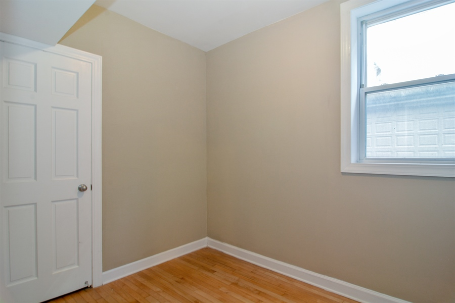 Real Estate Photography - 2744 N Bosworth, G, Chicago, IL, 60614 - 2nd Bedroom