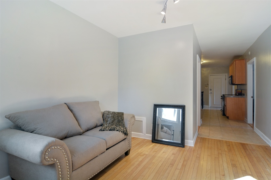Real Estate Photography - 2744 N Bosworth, G, Chicago, IL, 60614 - Living Room