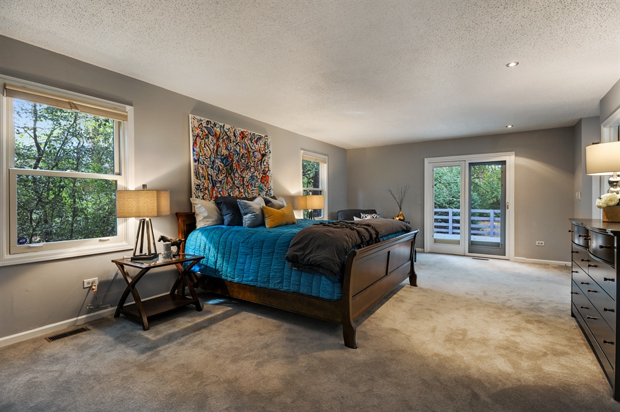 Real Estate Photography - 1828 White Fence, Green Oaks, IL, 60048 - Master Bedroom