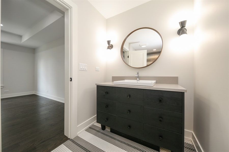 Real Estate Photography - 135 Willow, Elmhurst, IL, 60126 - Ensuite Bathroom