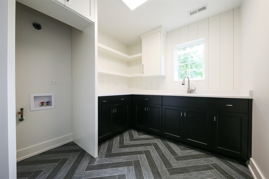 Real Estate Photography - 135 Willow, Elmhurst, IL, 60126 - 2nd Floor Laundry Room