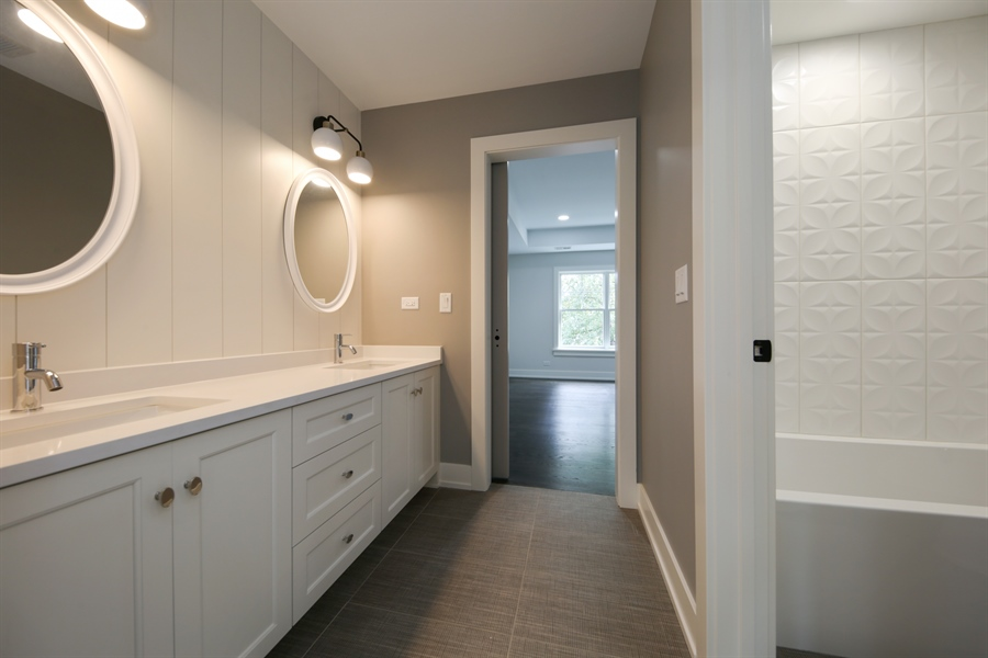 Real Estate Photography - 135 Willow, Elmhurst, IL, 60126 - Jack & Jill Bathroom