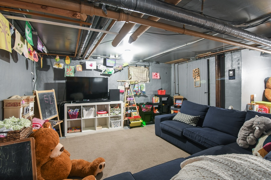 Real Estate Photography - 422 Berkshire St, Oak Park, IL, 60302 - Basement