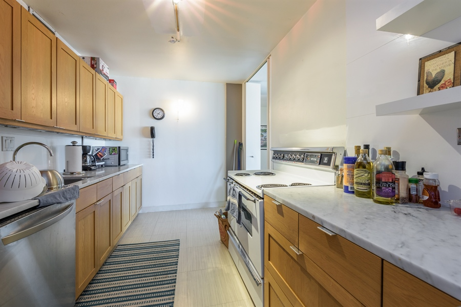 Real Estate Photography - 330 W. Diversey Ave., 1402, Chicago, IL, 60657 - Kitchen