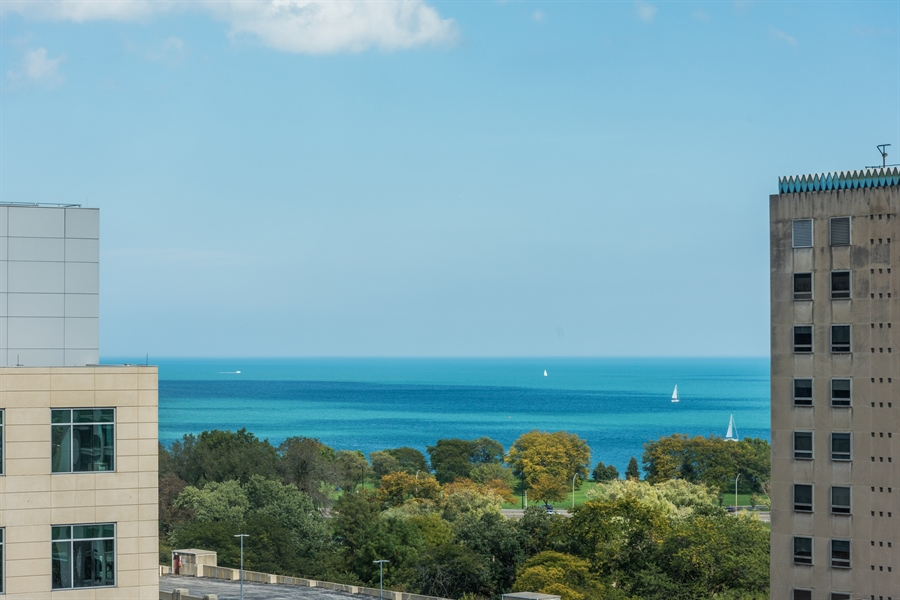 Real Estate Photography - 330 W. Diversey Ave., 1402, Chicago, IL, 60657 - Lake View
