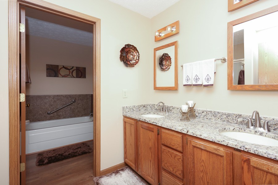 Real Estate Photography - 14458 Wolf Ln, New Buffalo, MI, 49117 - Master Bathroom