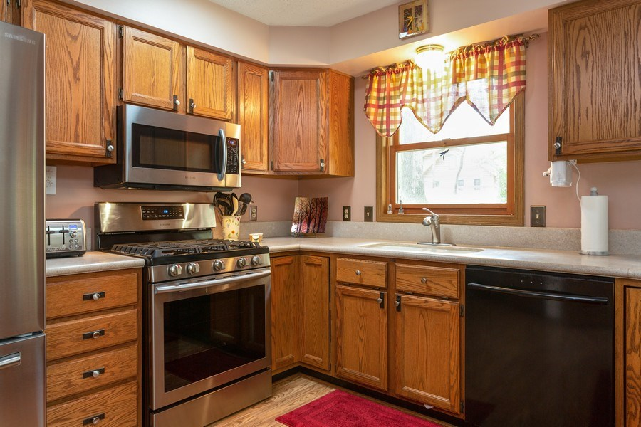 Real Estate Photography - 14458 Wolf Ln, New Buffalo, MI, 49117 - Kitchen