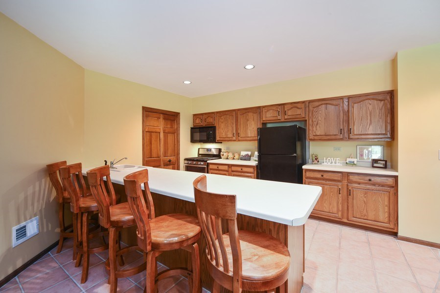 Real Estate Photography - 200 Dundee Rd, Barrington Hills, IL, 60010 - Lower Level