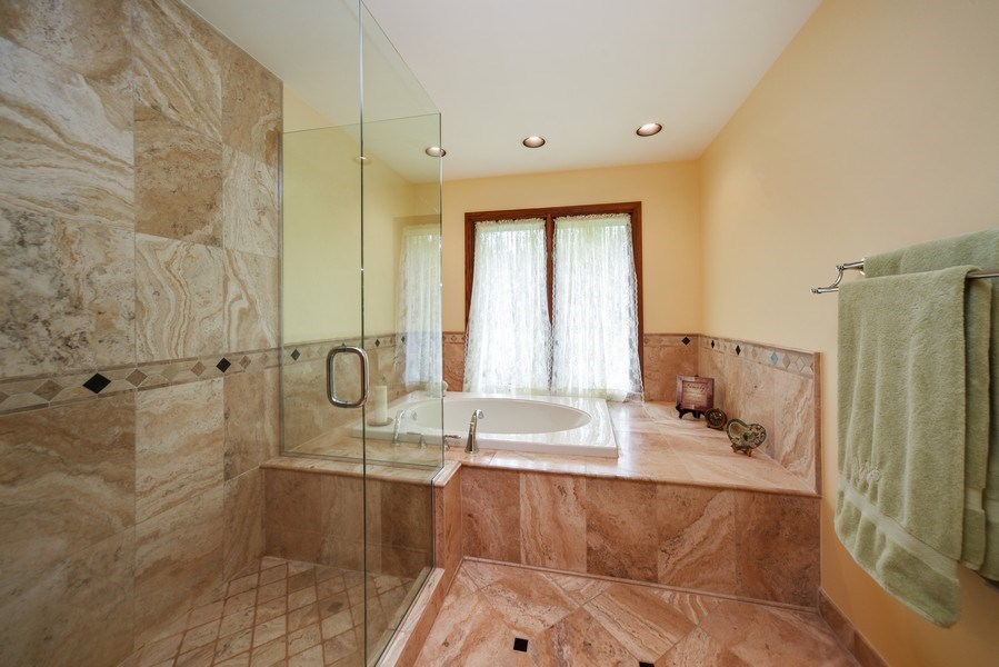 Real Estate Photography - 200 Dundee Rd, Barrington Hills, IL, 60010 - Master Bathroom