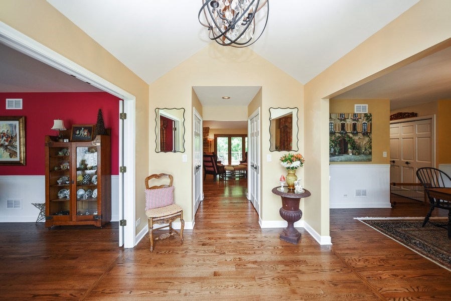 Real Estate Photography - 200 Dundee Rd, Barrington Hills, IL, 60010 - Foyer