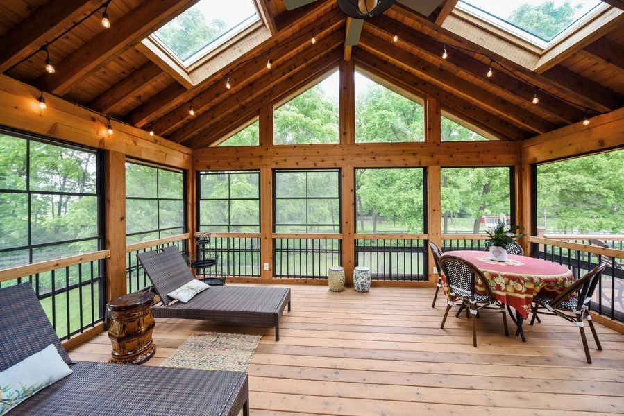 Real Estate Photography - 200 Dundee Rd, Barrington Hills, IL, 60010 - Porch