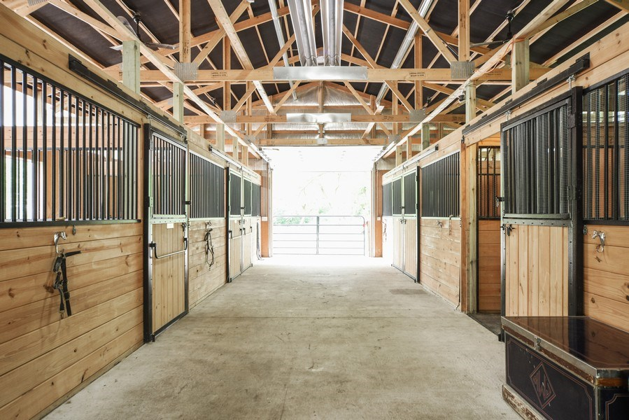 Real Estate Photography - 200 Dundee Rd, Barrington Hills, IL, 60010 - Horse Stall / Stables