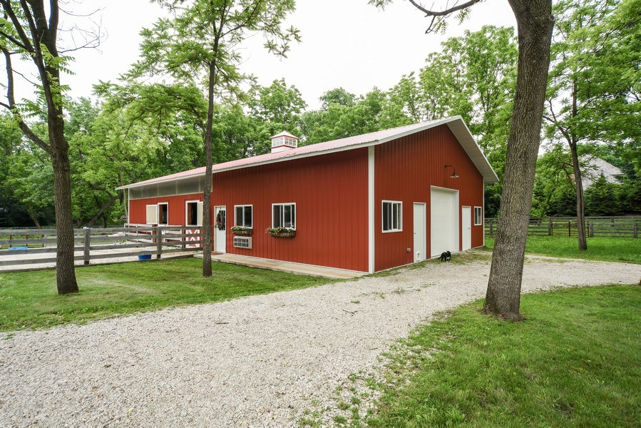 Real Estate Photography - 200 Dundee Rd, Barrington Hills, IL, 60010 - Barn