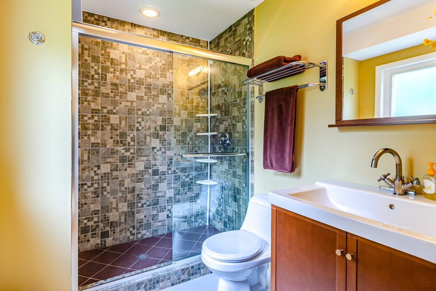 Real Estate Photography - 955 Gage Ln, Lake Forest, IL, 60045 -