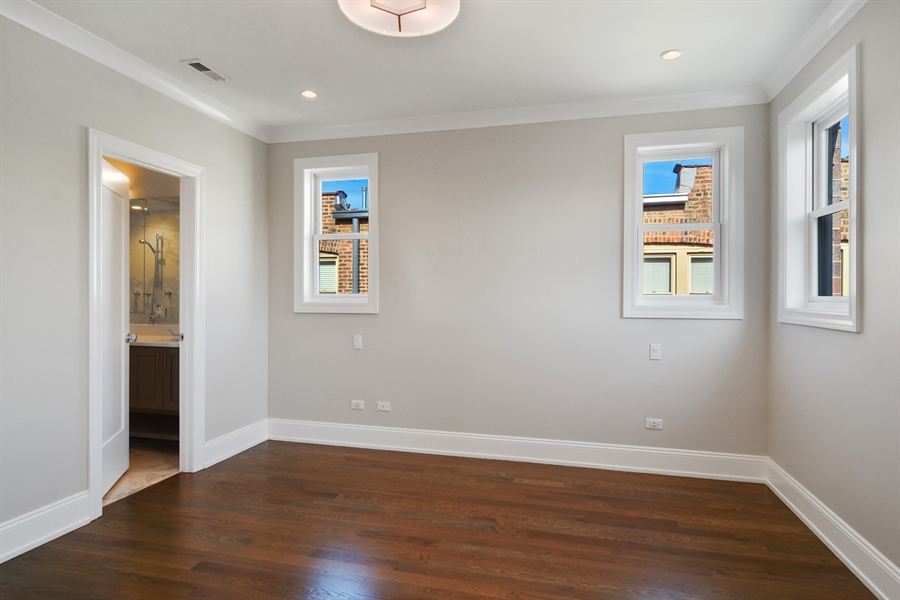 Real Estate Photography - 3913 N Janssen, Unit 2, Chicago, IL, 60613 - Master Bedroom