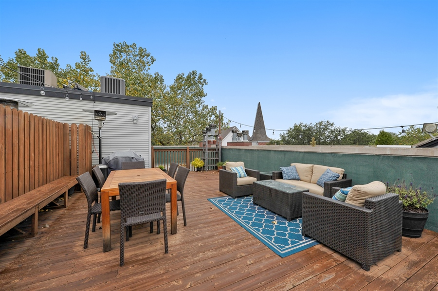 Real Estate Photography - 3247 N. Kenmore, 2, Chicago, IL, 60657 - Roof Deck