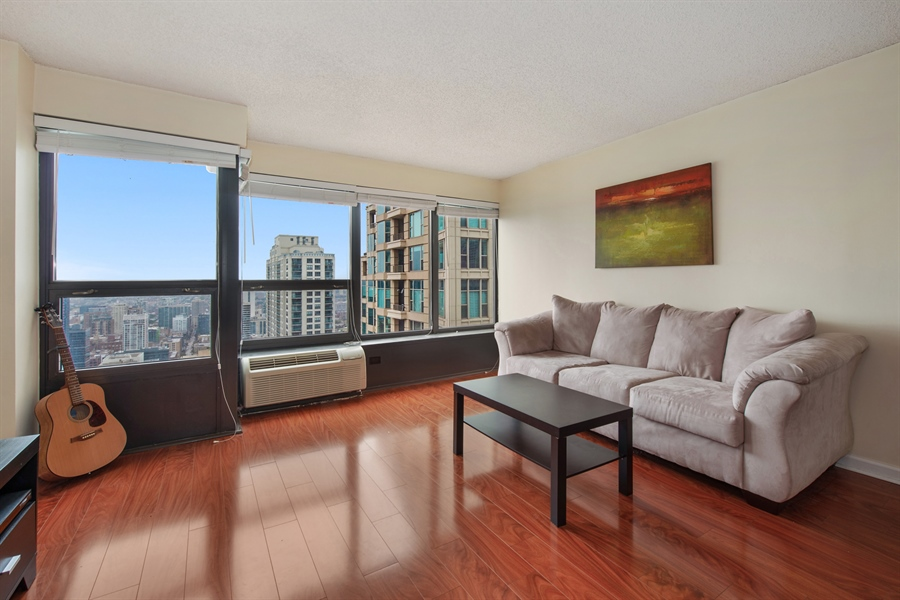 Real Estate Photography - 30 E. Huron St., 4705, Chicago, IL, 60611 - Living Room