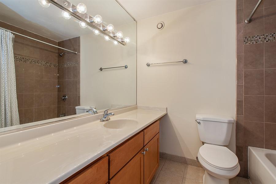 Real Estate Photography - 30 E. Huron St., 4705, Chicago, IL, 60611 - Bathroom