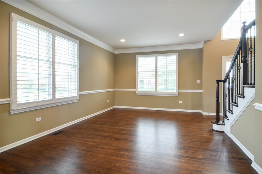 Real Estate Photography - 82 Tournament, Hawthorn woods, IL, 60047 - Living Room