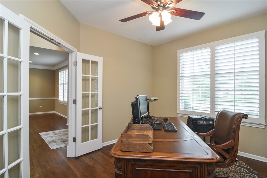 Real Estate Photography - 82 Tournament, Hawthorn woods, IL, 60047 - Office