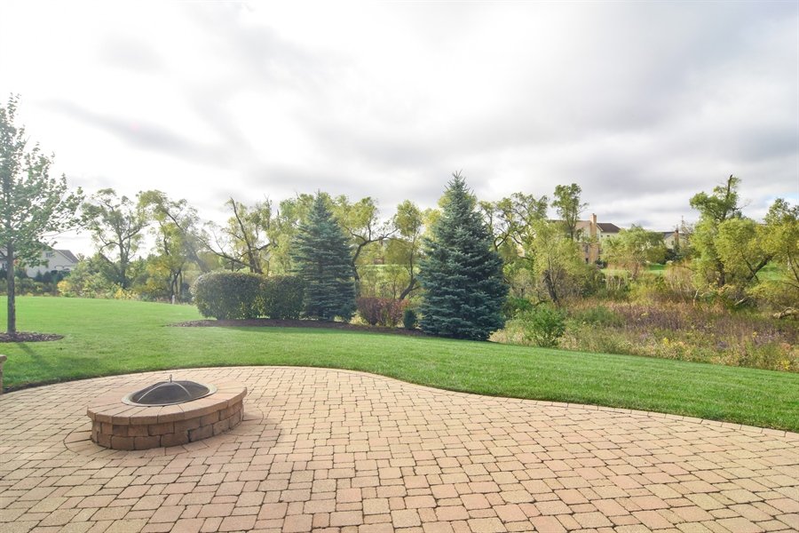 Real Estate Photography - 82 Tournament, Hawthorn woods, IL, 60047 - Patio