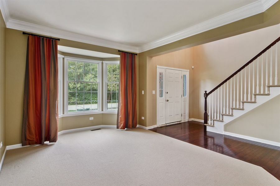 Real Estate Photography - 55 open pkwy, hawthorn woods, IL, 60047 - Living Room