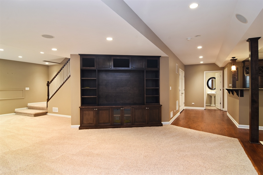 Real Estate Photography - 55 open pkwy, hawthorn woods, IL, 60047 - Lower Level