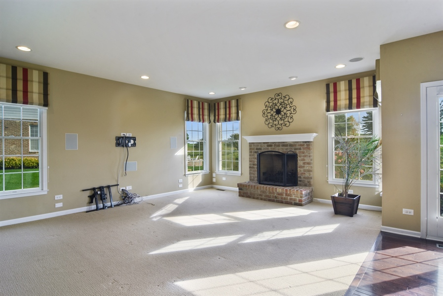 Real Estate Photography - 55 open pkwy, hawthorn woods, IL, 60047 - Family Room