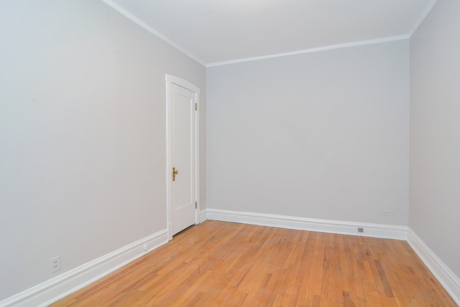 Real Estate Photography - 2319 N Commonwealth, 3E, Chicago, IL, 60614 - Bedroom