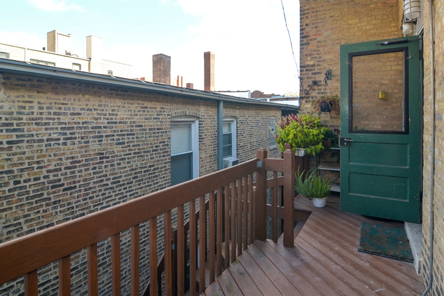 Real Estate Photography - 2319 N Commonwealth, 3E, Chicago, IL, 60614 - Deck