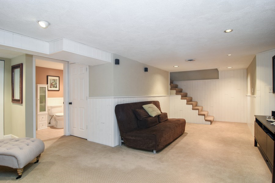 Real Estate Photography - 1005 N Wilke Rd, Arlington Heights, IL, 60004 - Lower Level
