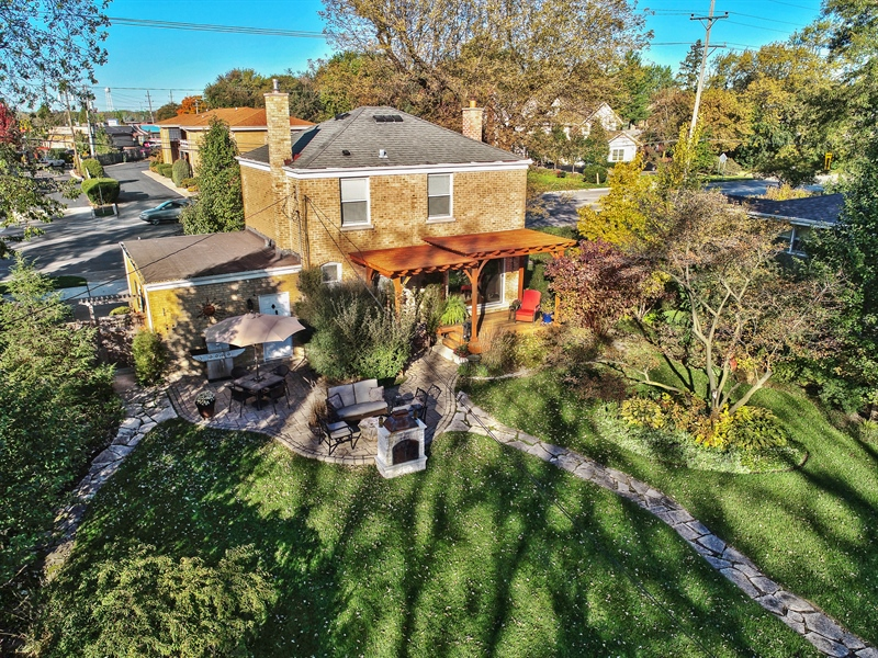 Real Estate Photography - 1005 N Wilke Rd, Arlington Heights, IL, 60004 - Aerial View