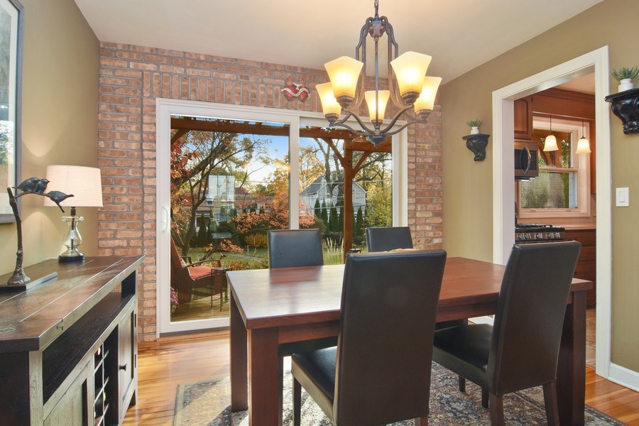 Real Estate Photography - 1005 N Wilke Rd, Arlington Heights, IL, 60004 - Dining Area