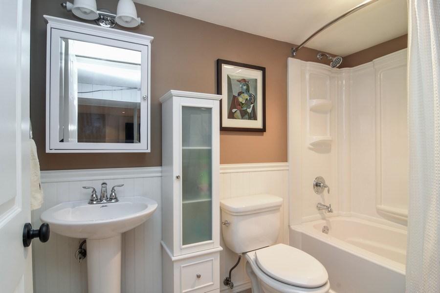 Real Estate Photography - 1005 N Wilke Rd, Arlington Heights, IL, 60004 - 2nd Bathroom