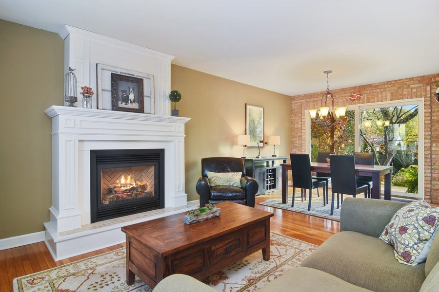 Real Estate Photography - 1005 N Wilke Rd, Arlington Heights, IL, 60004 - Living Room / Dining Room