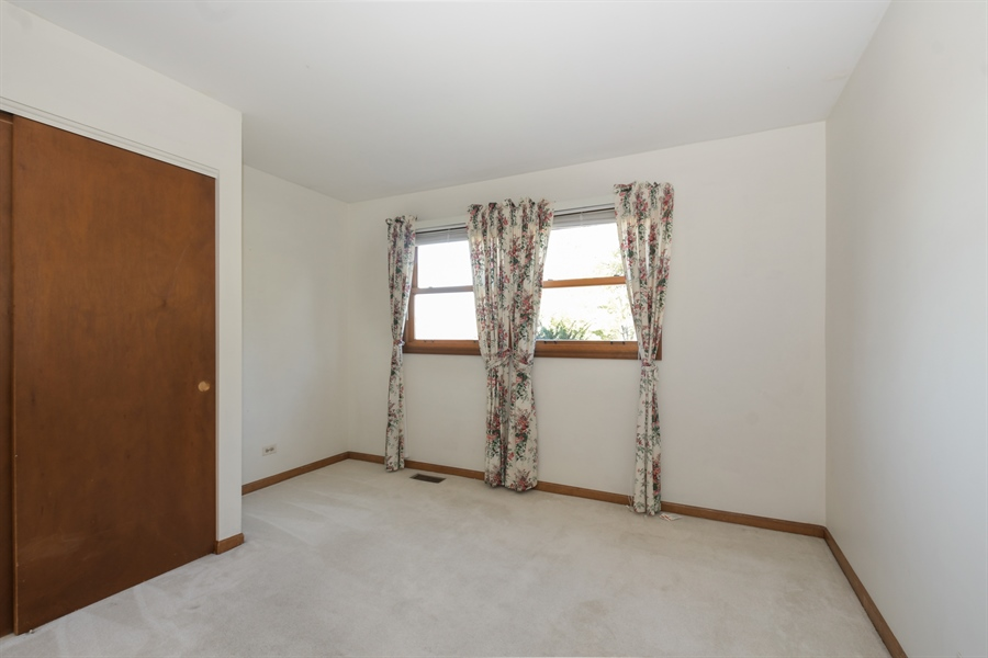 Real Estate Photography - 3034 N Kennicott Ave, Arlington Heights, IL, 60004 - 3rd Bedroom