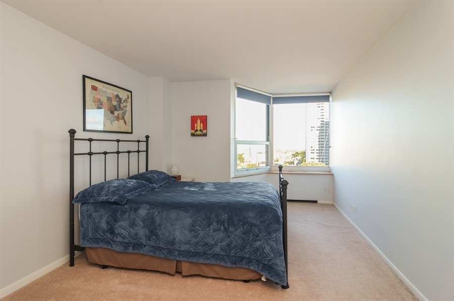 Real Estate Photography - 720 W Gordon Ter, Unit 11F, Chicago, IL, 60613 - Bedroom