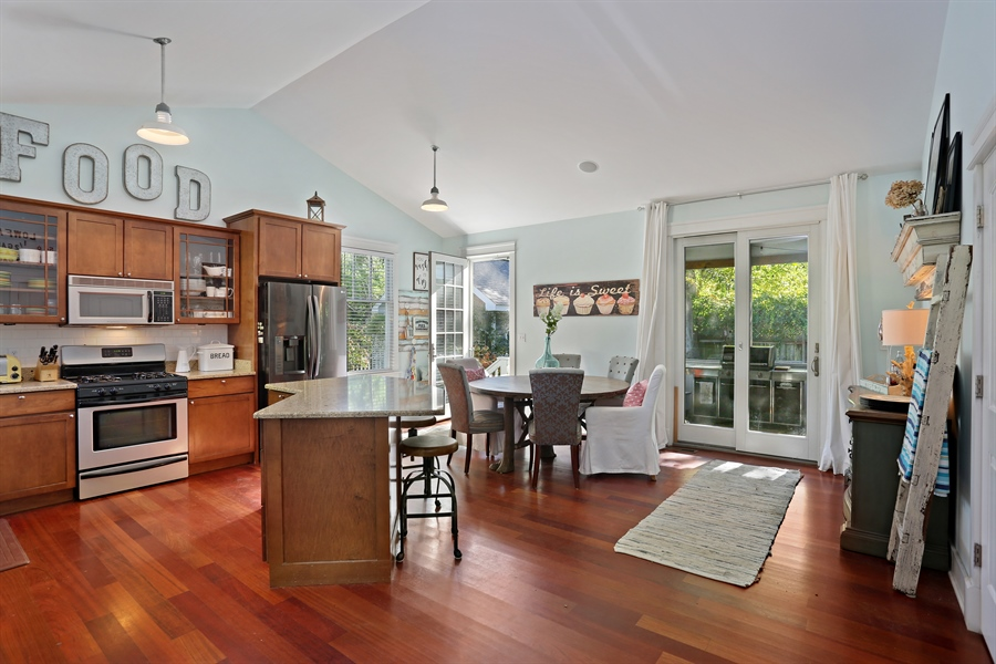 Real Estate Photography - 16216 Quality Ln, Union Pier, MI, 49129 - Kitchen / Dining Room