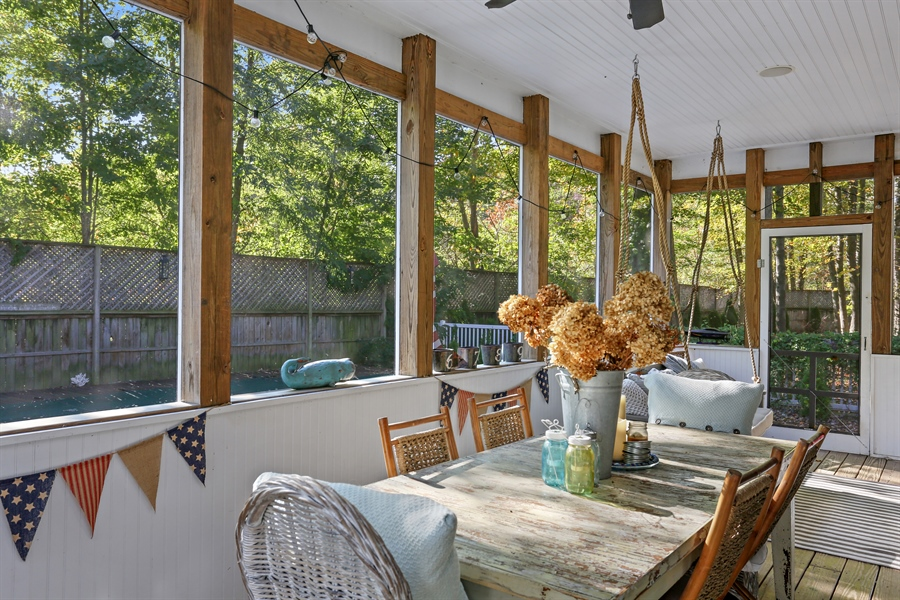 Real Estate Photography - 16216 Quality Ln, Union Pier, MI, 49129 - Sunroom